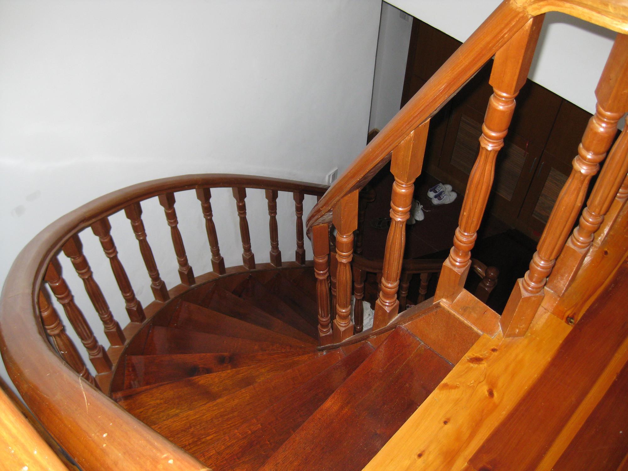 实木楼梯得到越来越多的人们的使用